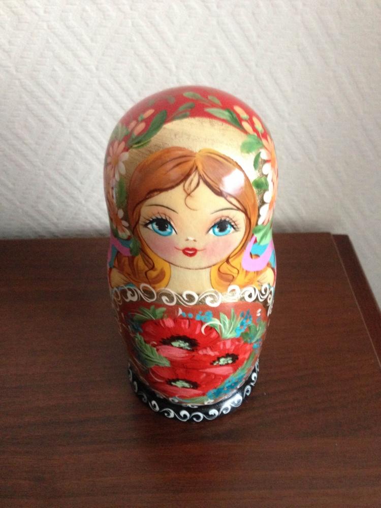ロシアの木製の人形 マトリョーシカ