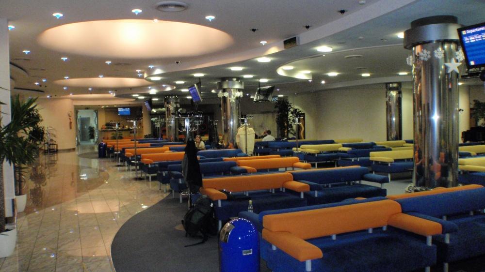 ボルィースピリ国際空港のラウンジ2_1