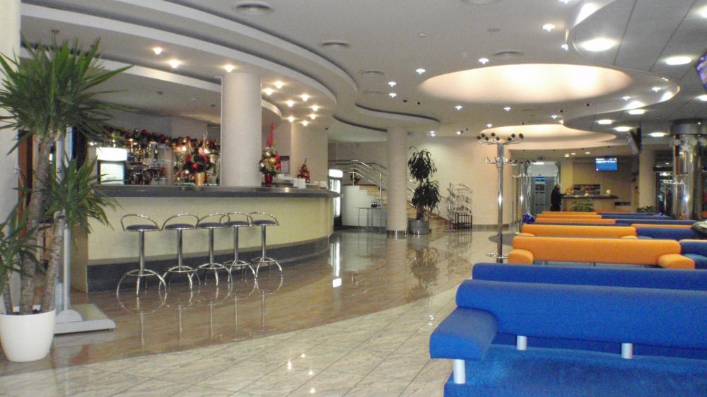 ボルィースピリ国際空港のラウンジ2_2
