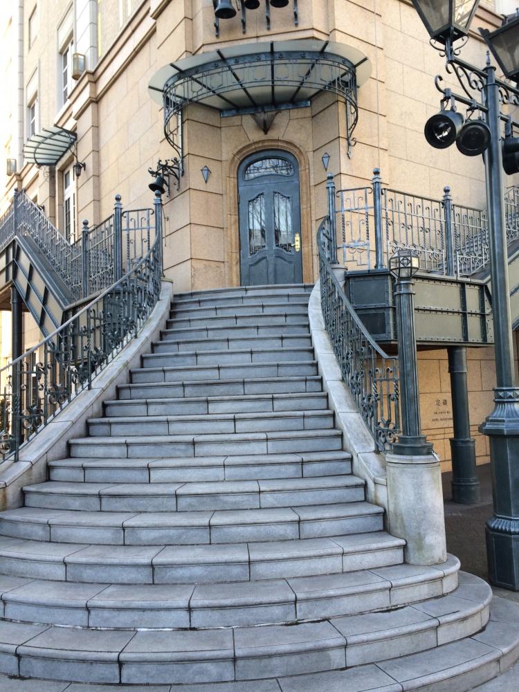 モントレ2階階段
