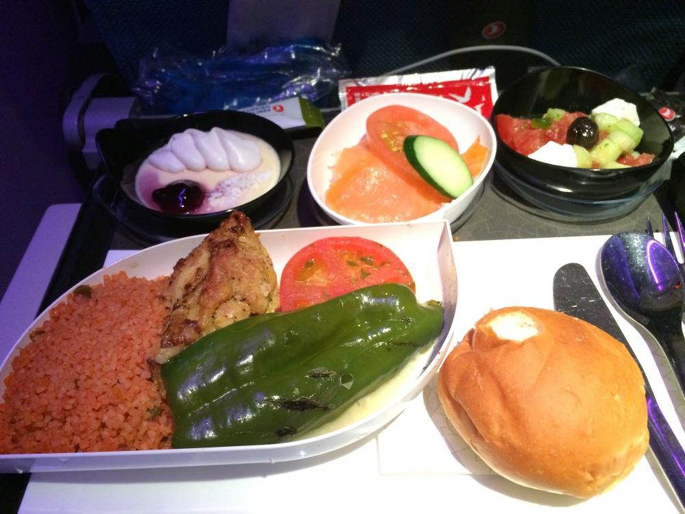 ターキッシュエアラインズの機内食・往路成田からイスタンブール・夕食